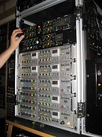 Audio & Design 760 X-RS stereo comp-5117_1018690287941_1845669024_32823_7913719_n.jpg