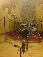 Pictures Of Mic'ed Up Drum Kits In The Studio-dsc00412.jpg