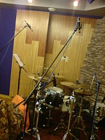 Pictures Of Mic'ed Up Drum Kits In The Studio-dsc00417.jpg