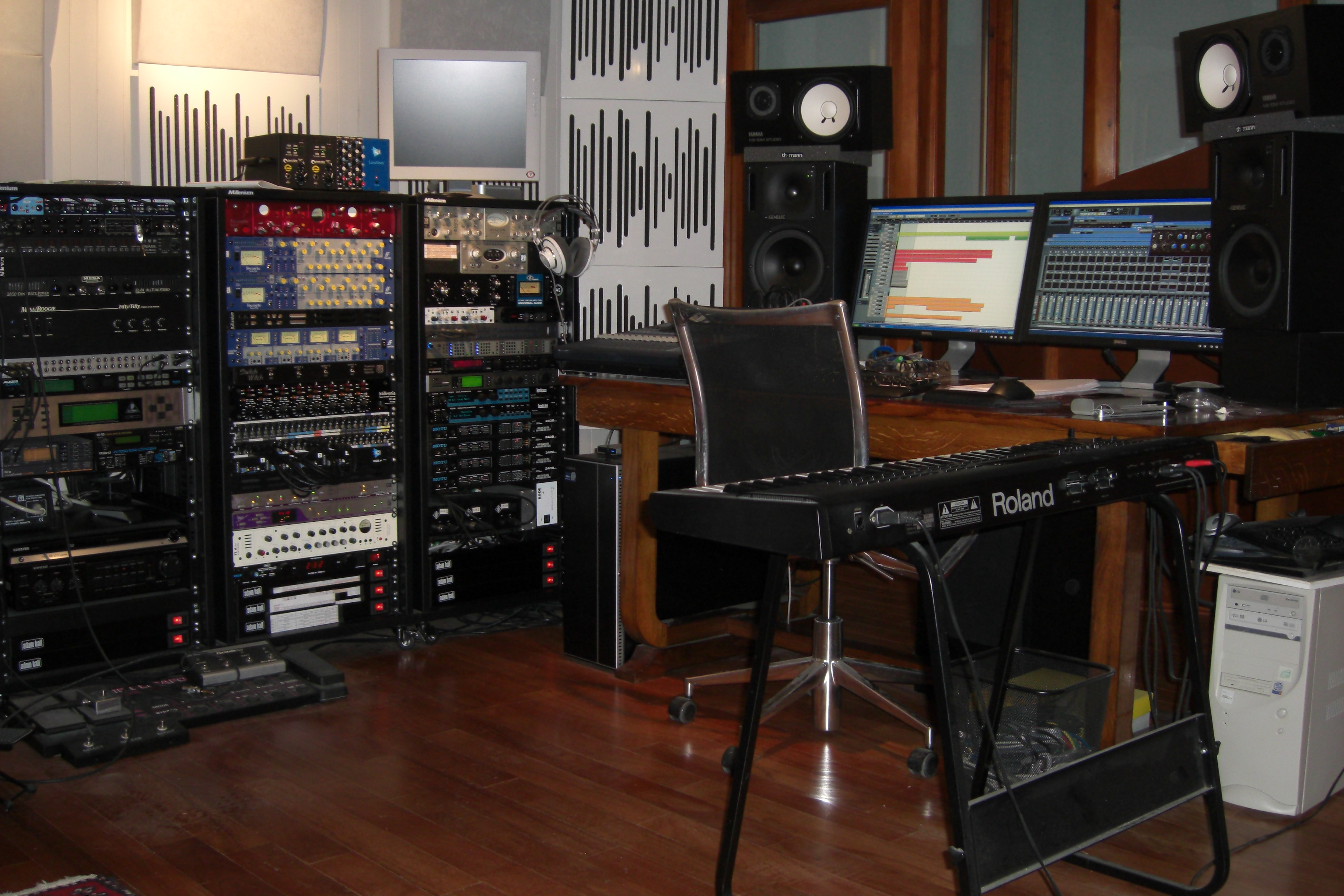Post Pics Of Your Home Studios!