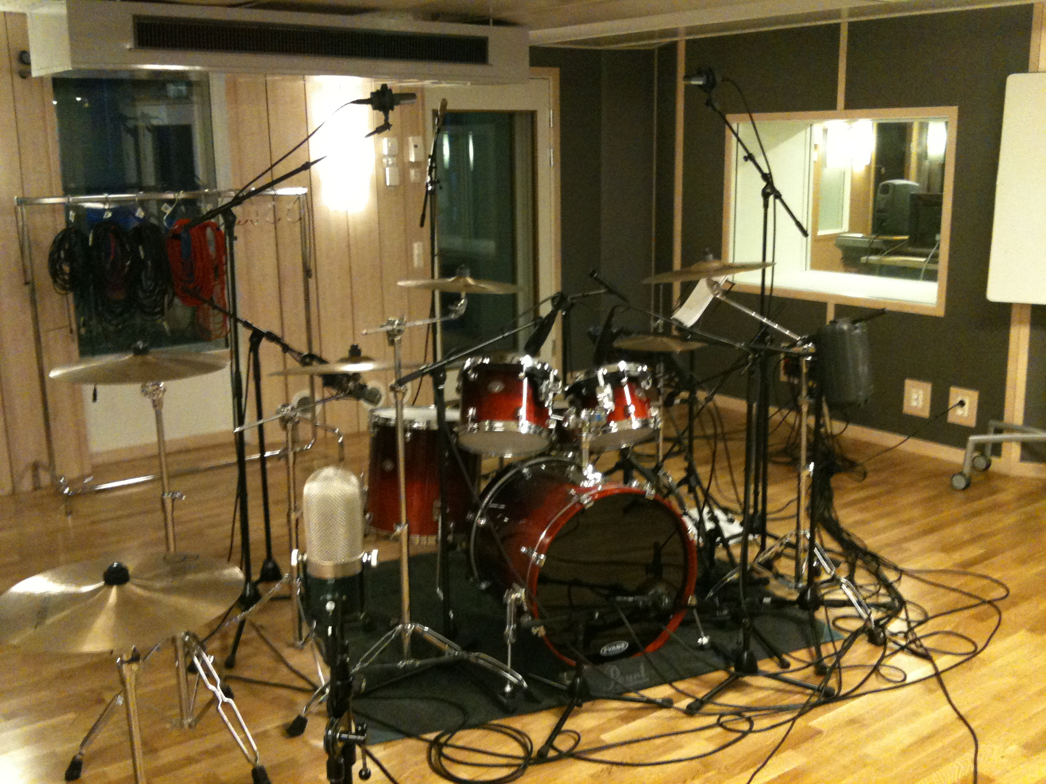 Pictures Of Miced Up Drum Kits In The Studio Img 0275 Share