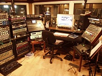 Pictures of various control rooms-control-room1.jpg