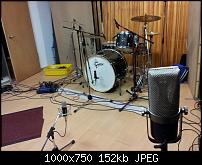 Pictures Of Mic'ed Up Drum Kits In The Studio-drum5.jpg
