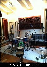 Pictures Of Mic'ed Up Drum Kits In The Studio-imageuploadedbygearslutz1328108272.836357.jpg