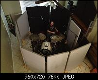 Pictures Of Mic'ed Up Drum Kits In The Studio-580277_457325270987024_1725514354_n.jpg
