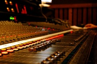 TOP 10 Sexiest Consoles-apc1000-faders-small-.jpg