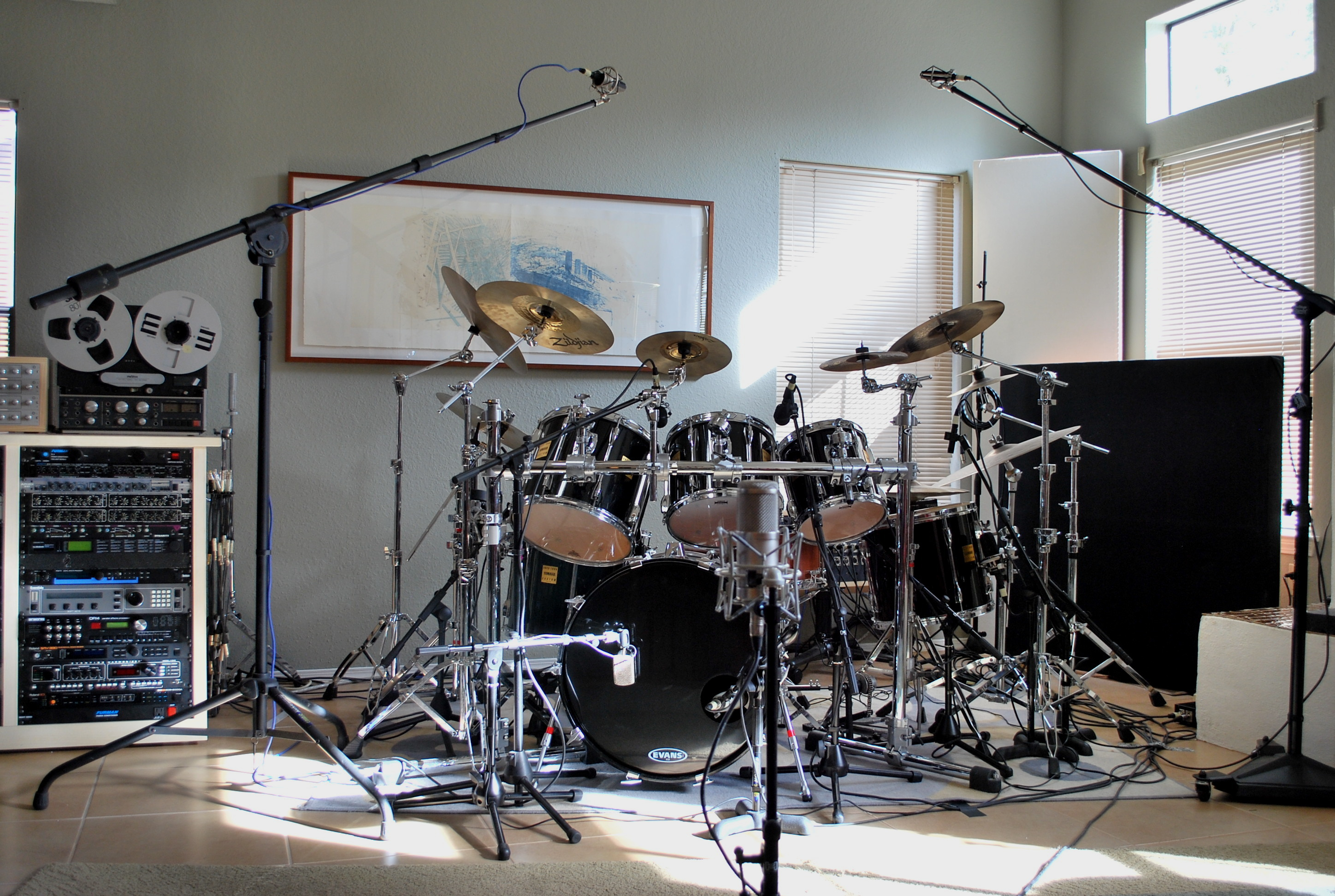 pictures of mic 39 ed up drum kits in the studio page 103 gearslutz pro audio community. Black Bedroom Furniture Sets. Home Design Ideas