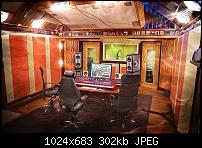 New Main Monitors-288036_10151044953527205_1987982937_o.jpg