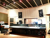 Pictures of various control rooms-control-room-2-small-.jpg