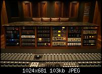 Studio in Tampico, Mexico-outboard.jpg