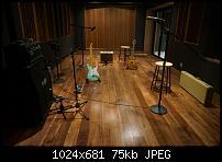 Studio in Tampico, Mexico-wooden-live-.jpg