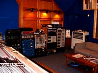 Pictures of various control rooms-atiny.jpg