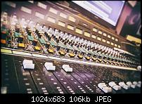 Show me your 70's analog console-image_1935.jpg