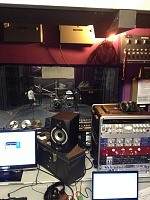 Pictures Of Mic'ed Up Drum Kits In The Studio-2014-10-27-14.08.26.jpg