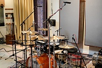 Pictures Of Mic'ed Up Drum Kits In The Studio-mc_drums-4.jpg