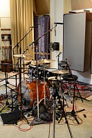Pictures Of Mic'ed Up Drum Kits In The Studio-mc_drums-12.jpg