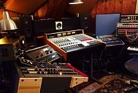 Show me your 70's analog console-image_9512_0.jpg