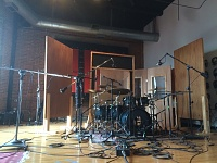 Pictures Of Mic'ed Up Drum Kits In The Studio-img_3918.jpg