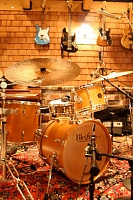 Pictures Of Mic'ed Up Drum Kits In The Studio-full.jpg