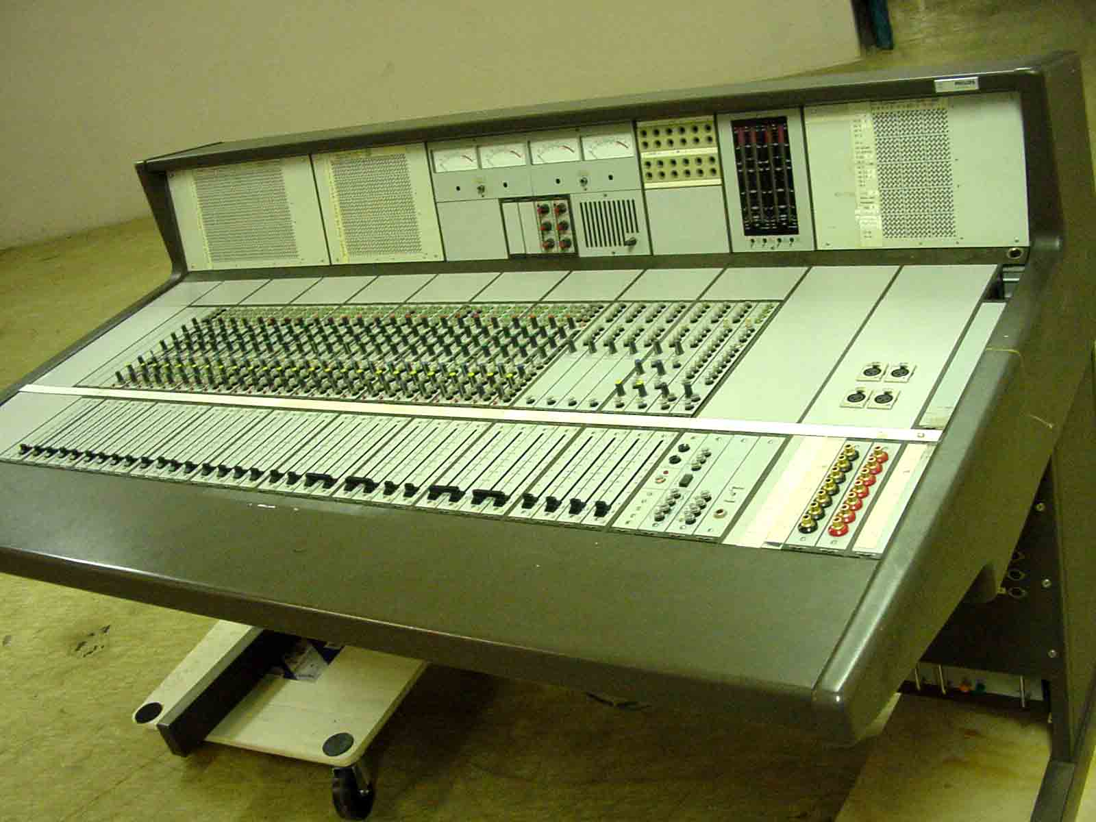 Vintage console philips ldc 15-p6.jpg ...