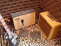 One Room studio setups (NOT bedrooms!)-amps-6.jpg