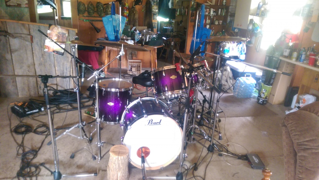 pictures of mic 39 ed up drum kits in the studio page 147 gearslutz. Black Bedroom Furniture Sets. Home Design Ideas