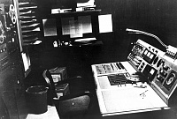 Pictures of various control rooms-crconsol.jpg