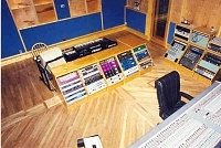 Pictures of various control rooms-cr-picture.jpg