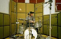 Pictures Of Mic'ed Up Drum Kits In The Studio-img_1181.jpg