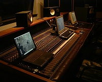 Pictures of various control rooms-room2.jpg