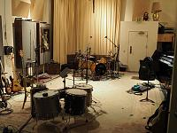 Pictures Of Mic'ed Up Drum Kits In The Studio-pa060031.jpg
