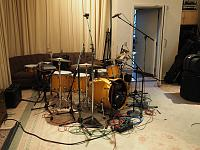 Pictures Of Mic'ed Up Drum Kits In The Studio-pa060030.jpg