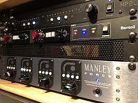 "NEW Avedis Ma5 19"" rack with external power supply-3416f5e4-f9bd-47b2-9fc7-e8d2734dff67.jpg"