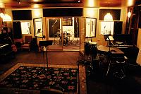 Help me settle an argument with tracking bands in the Golden Era-band-room-.jpg