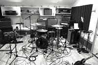 Pictures Of Mic'ed Up Drum Kits In The Studio-img_1909.jpg