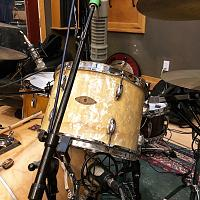 Pictures Of Mic'ed Up Drum Kits In The Studio-94187750-ecec-416b-8f9e-cc40fe0ad328.jpg