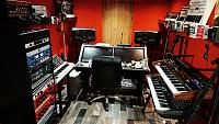 High end gear in a small room.-img_20190120_154753_155.jpg