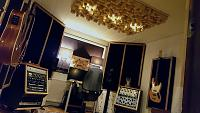 High end gear in a small room.-img_20190121_192907.jpg