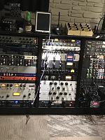 High end gear in a small room.-a3b010bd-49de-4e66-b4c3-f7c4fa0da620.jpg