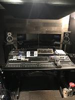 High end gear in a small room.-8851afb8-7210-4ff0-9571-4b4d4c9712c6.jpg