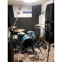 Pictures Of Mic'ed Up Drum Kits In The Studio-photogrid_1558282353198.jpg