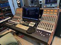 Hi-end home studio pics-img_2399.jpg