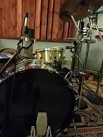 Pictures Of Mic'ed Up Drum Kits In The Studio-knee-mic.jpg