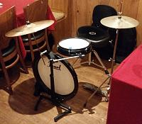 Pictures Of Mic'ed Up Drum Kits In The Studio-pearl-drums-side-.jpg