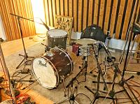 Pictures Of Mic'ed Up Drum Kits In The Studio-img_5561.jpg