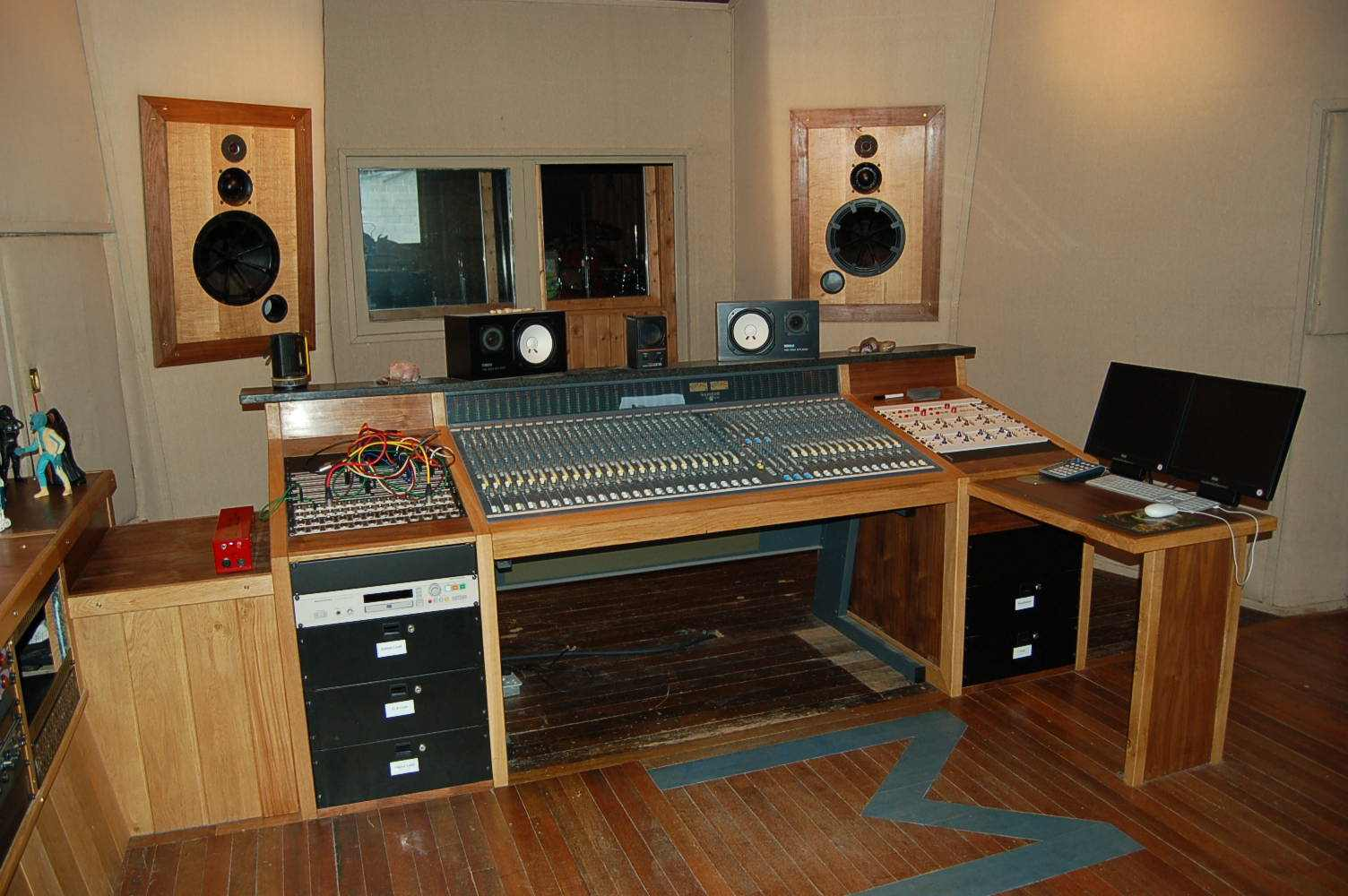 Studio furniture workstations and mix positions for Studio furniture