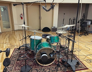 Pictures Of Mic'ed Up Drum Kits In The Studio-1608a00e-fffc-460b-a06d-db3fbb948f6b.jpg