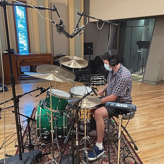 Pictures Of Mic'ed Up Drum Kits In The Studio-30711fa2-708b-4905-8c4c-0d30d2c3de69.jpg