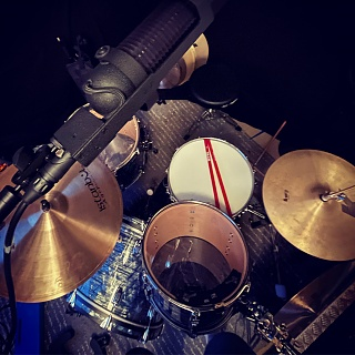 Pictures Of Mic'ed Up Drum Kits In The Studio-1a7a0f87-9364-4518-98d5-59b0f394660e.jpg