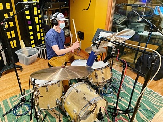 Pictures Of Mic'ed Up Drum Kits In The Studio-01c23c0a-2516-4ef2-9db3-2a764a137a44.jpg